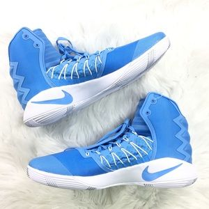 a8d5b84c249 ... 844368 443 1ca01 686aa  get nike shoes nike hyperdunk 2016 basketball  shoes carolina blue c27e8 cd589
